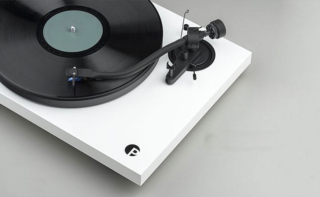 Pro-Ject Debut III S w Q21