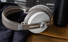 Sennheiser MOMENTUM 3 Wireless Sandy White