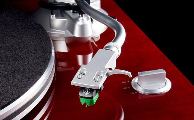 podłączyć gramofon bez wejścia gramofonowego